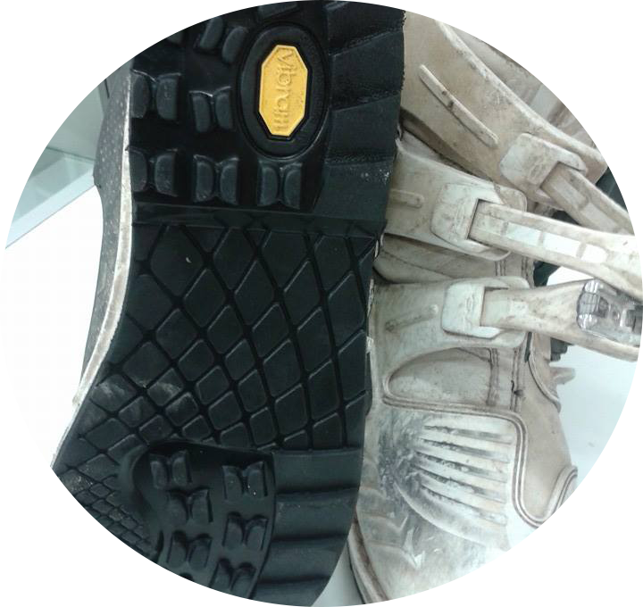 risuolatura scarpa moto 2